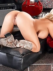Beautiful blonde country girl Shyla Stylez caresses her huge...
